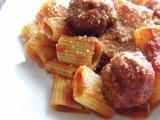 Sunday Pasta Sauce andMeatballs