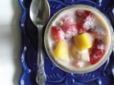 Mango Strawberry Banana Overnight Oatmeal